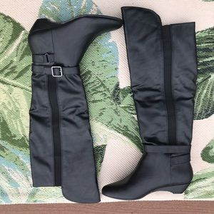 Madden Girl Black Zilch Boots Size 6 NWOB
